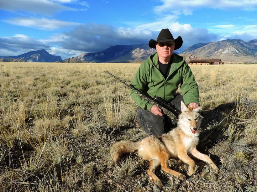 aussiehunter Sonny Youngblood with coyote shot with 25-06 at 220 yards using 117 gr Hornady